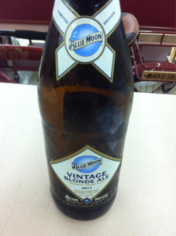 Blue Moon Vintage Blonde Ale